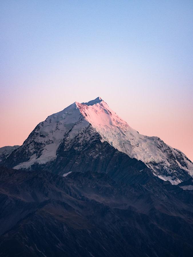 Montagne lever de soleil neige
