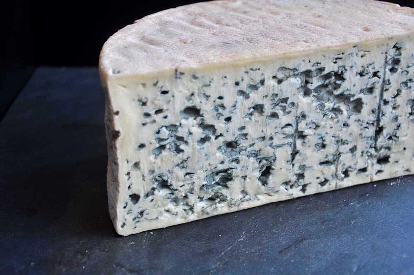 Moitié de tome de bleu d'Auvergne